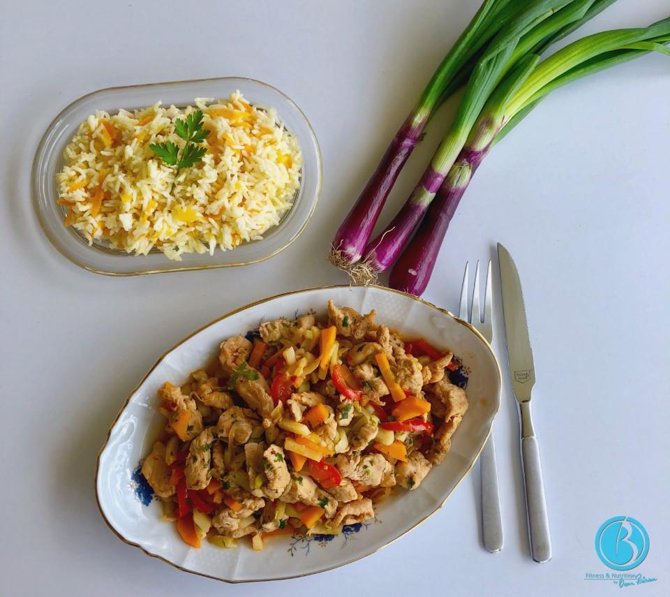 Piept de pui cu legume si ciuperci la tigaia wok